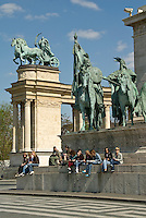Central Europe, Hungary, Budapest 2007/04: The Heroes? Square, next to the City Park, is the biggest square in Budapest. At the base of the column there are some statues of some of the most remarkable personalities of Hungarian history.