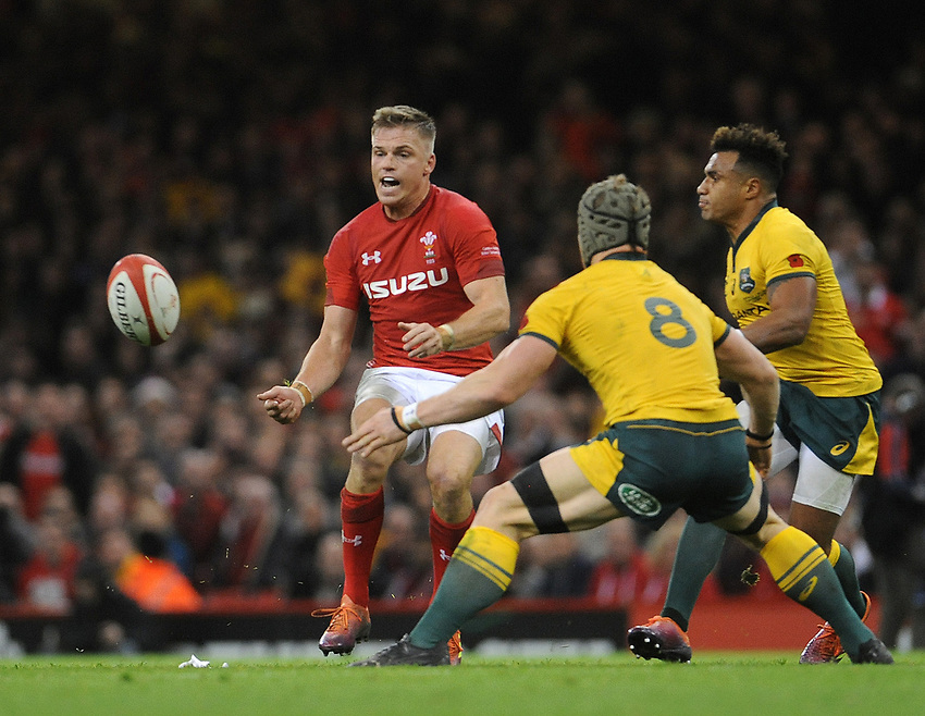 Wales' Gareth Anscombe offloads <br /> <br /> Photographer Ian Cook/CameraSport<br /> <br /> Under Armour Series Autumn Internationals - Wales v Australia - Saturday 10th November 2018 - Principality Stadium - Cardiff<br /> <br /> World Copyright © 2018 CameraSport. All rights reserved. 43 Linden Ave. Countesthorpe. Leicester. England. LE8 5PG - Tel: +44 (0) 116 277 4147 - admin@camerasport.com - www.camerasport.com