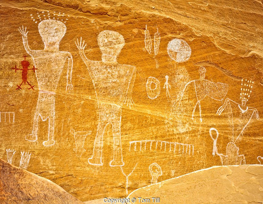 Basketmaker Pictographs, Ancient Native American Rock Paintings, Southern Utah