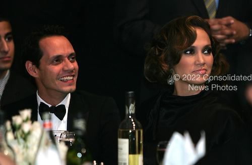 Washington, DC - September 16, 2009 -- Marc Anthony and his wife Jennifer Lopez watch President Barack Obama and First Lady Michelle Obama at the Congressional Hispanic Caucus Institute (CHCI) dinner in Washington DC on September 16, 2009..Credit: Dennis Brack - Pool via CNP