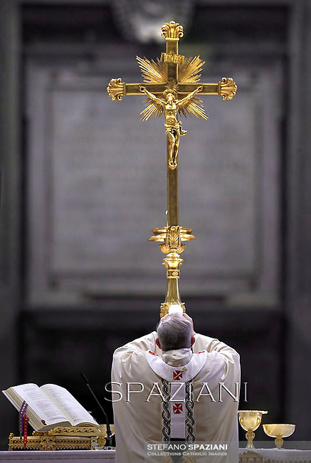 Pope Francis  during the mass. the Solemnity of Epiphany Main Altar, St. Peter's Basilica  at the Vaticanon January 6, 2013