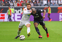 Jetro Willems (Eintracht Frankfurt) im Zweikampf mit Marvin Plattenhardt (Hertha BSC Berlin) - 27.04.2019: Eintracht Frankfurt vs. Hertha BSC Berlin, 31. Spieltag Bundesliga, Commerzbank Arena DISCLAIMER: DFL regulations prohibit any use of photographs as image sequences and/or quasi-video.