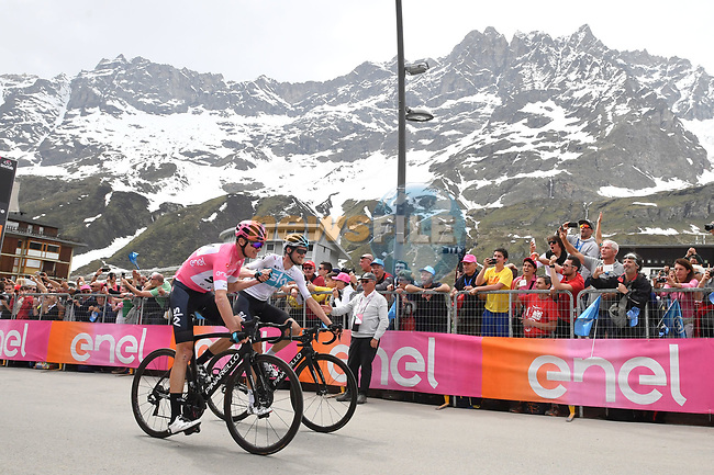 Job done race leader Chris Froome (GBR) and team mate Wout Poels (NED) Team Sky cross the finish line of Stage 20 of the 2018 Giro d'Italia, running 214km from Susa to Cervinia is the final mountain stage, with the last three climbs of Giro 101 deciding the GC of the Corsa Rosa, Italy. 26th May 2018.<br /> Picture: LaPresse/Massimo Paolone | Cyclefile<br /> <br /> <br /> All photos usage must carry mandatory copyright credit (© Cyclefile | LaPresse/Massimo Paolone)