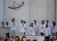 CARTAGENA- COLOMBIA -26-09-2016: Juan Manuel Santos, Presidente de Colombia, durante la firma del acuerdo de Paz entre el gobierno de Colombia y la guerrilla de izquierda de las Fuerzas Armadas Revolucionarias de Colombia Ejercito del Pueblo (FARC EP) / Juan Manuel Santos, President of Colombia, during the signing of the peace agreement between the government of Colombia and leftist guerrillas of the Revolutionary Armed Forces of Colombia People's Army (FARC EP) Photo: VizzorImage / Ivan Valencia / Cont.