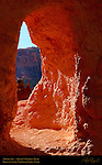 Arch in Fin, Queen's Garden Trail, Bryce Canyon National Park, Utah