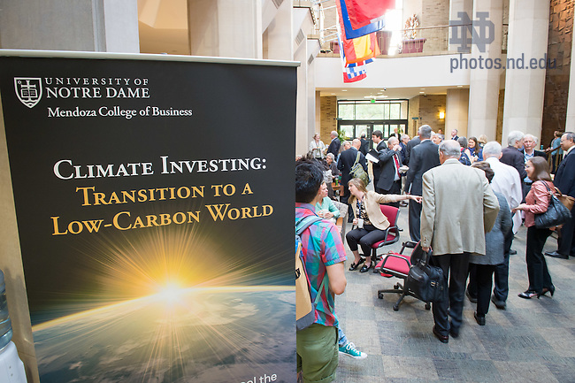 Sept. 29, 2015; Mendoza College of Business conference on climate investing. (Photo by Matt Cashore/University of Notre Dame)