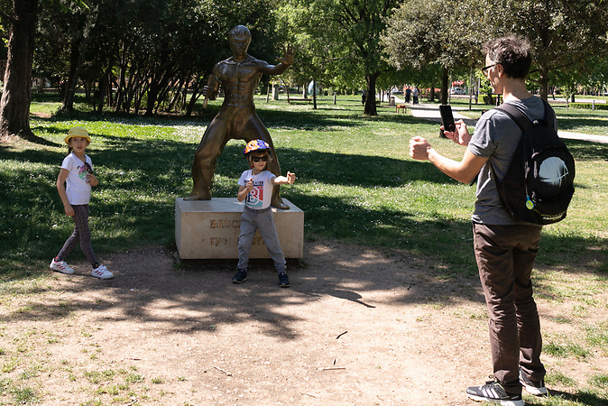 Bruce Lee statue in park, Mostar.