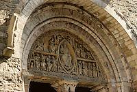 Europe/France/Midi-Pyrénées/46/Lot/Vallée de la Dordogne/Carennac: Détail porche roman de l'église Saint-Pierre XIIème