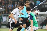 Julian Draxler (Deutschland, Germany) setzt sich durch - 11.10.2016: Deutschland vs. Nordirland, HDI Arena Hannover, WM-Qualifikation Spiel 3