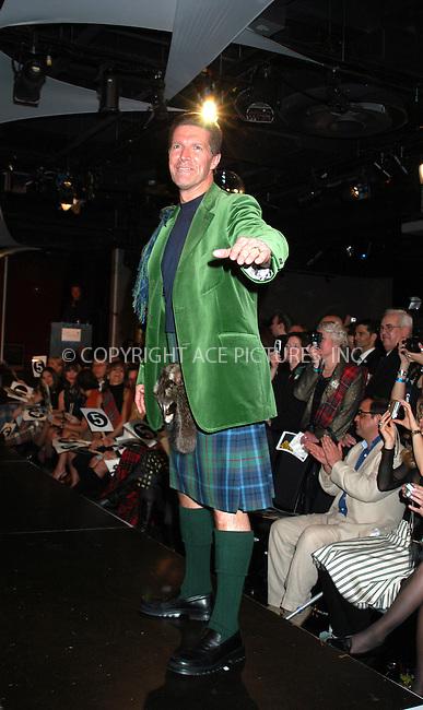 WWW.ACEPIXS.COM . . . . . ....NEW YORK, APRIL 6, 2005....Stone Phillips at Dressed to Kilt held at the Copacabana.....Please byline: KRISTIN CALLAHAN - ACE PICTURES.. . . . . . ..Ace Pictures, Inc:  ..Craig Ashby (212) 243-8787..e-mail: picturedesk@acepixs.com..web: http://www.acepixs.com