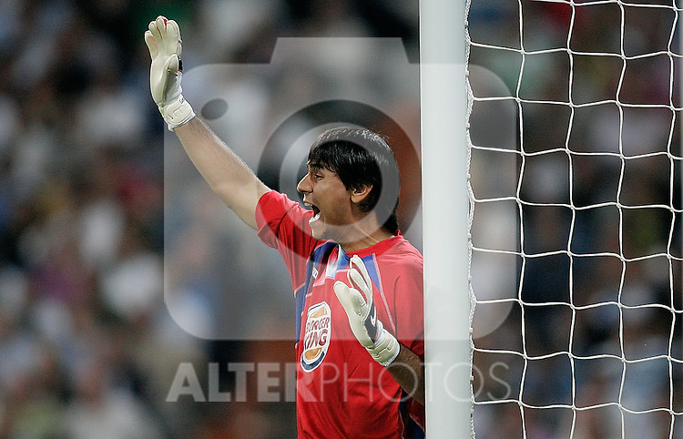 Getafe's Oscar Ustari reacts during La Liga match. October 31, 2009. (ALTERPHOTOS/Alvaro Hernandez).