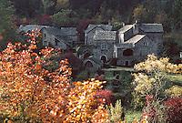 Europe/France/Languedoc-Roussillon/48/Lozere/Gorges du Tarn: Village cévennol de La Croze - Maisons en pierre