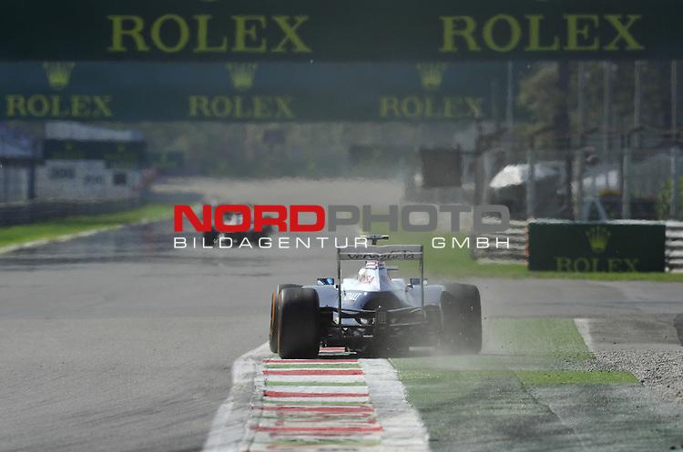 05.-08.09.2011, Autodromo Nationale, Monza, ITA, F1, Grosser Preis von Italien, Monza, im Bild  Valtteri Bottas (FIN), Williams F1 Team <br />  Foto &copy; nph / Mathis
