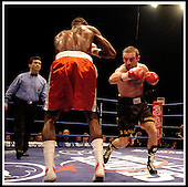 Scott Harrison V Victor Polo, for the WBO Featherweight Championship of the World, at Braehead Arena, Glasgow..    ... Pic Donald MacLeod 28.01.05