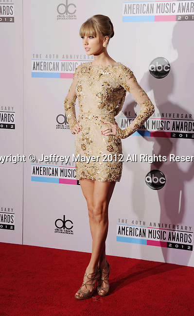 LOS ANGELES, CA - NOVEMBER 18: Taylor Swift attends the 40th Anniversary American Music Awards held at Nokia Theatre L.A. Live on November 18, 2012 in Los Angeles, California.