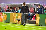 07.10.2018, Red Bull Arena, Leipzig, GER, 1. FBL 2018/2019, RB Leipzig vs. 1. FC N&uuml;rnberg/Nuernberg,<br /> <br /> DFL REGULATIONS PROHIBIT ANY USE OF PHOTOGRAPHS AS IMAGE SEQUENCES AND/OR QUASI-VIDEO.<br /> <br /> im Bild<br /> <br /> <br /> Trainer Michael Koellner (#tr, 1. FC Nuernberg) bedient<br /> <br /> Foto &copy; nordphoto / Dostmann
