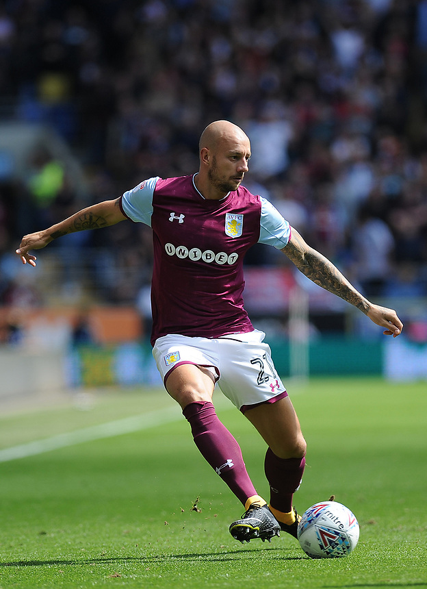 Aston Villa's Alan Hutton in action <br /> <br /> Photographer Ashley Crowden/CameraSport<br /> <br /> The EFL Sky Bet Championship - Cardiff City v Aston Villa - Saturday August 12th 2017 - Cardiff City Stadium - Cardiff<br /> <br /> World Copyright &copy; 2017 CameraSport. All rights reserved. 43 Linden Ave. Countesthorpe. Leicester. England. LE8 5PG - Tel: +44 (0) 116 277 4147 - admin@camerasport.com - www.camerasport.com