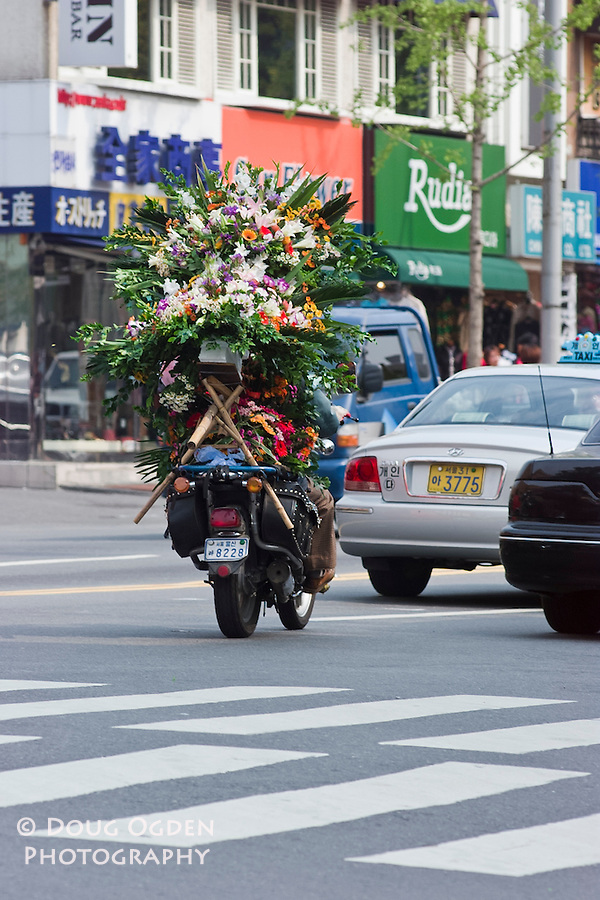 Flower delivery, Seoul, South Korea