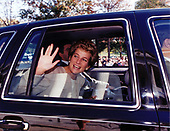 Princess Diana waves farewell following her visit to the American Red Cross Headquarters in Washington, DC on October 21, 1994.<br /> Mandatory Credit: Mark Wilson / American Red Cross via CNP