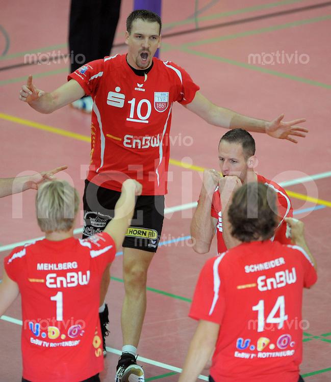Volleyball  1. Bundesliga  2009/2010  18.10.2009 ENBW TV Rottenburg  -  TV Buehl Jubel TVR ,  Dirk Mehlberg, Matthias Pompe, Zibor Filo und Stefan Schneider (v.li)