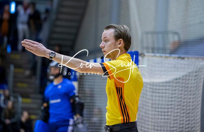 ROTTERDAM  - NK Zaalhockey  finale . hdm JB1-Schaerweijde JB1 (3-5)  . Schaerweijde  Nederlands Kampioen -16.  scheidsrechter.   COPYRIGHT KOEN SUYK