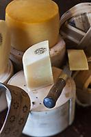 Europe/Espagne/Pays Basque/Guipuscoa/Goierri/Idiazabal:  Fromage d'Idiazábal  de la ferme J.Aranburu