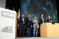 Vicenza: militanti Umberto Bossi, Roberto Calderoli, Renzo Bossi,  durante la seduta del cosiddetto parlamento della Padania alla fiera di Vicenza