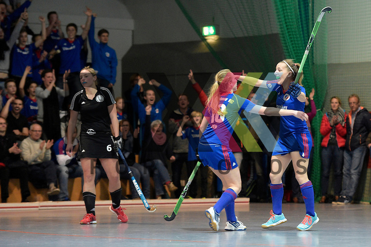 GER - Mannheim, Germany, January 30: During the 1. Bundesliga Damen indoor hockey quarter final match between Mannheimer HC (blue) and TuS Lichterfelde (black) on January 30, 2016 at Irma-Roechling-Halle in Mannheim, Germany.   Nadine Kanler #4 of Mannheimer HC celebrates after scoring the winning goal<br /> <br /> Foto &copy; PIX-Sportfotos *** Foto ist honorarpflichtig! *** Auf Anfrage in hoeherer Qualitaet/Aufloesung. Belegexemplar erbeten. Veroeffentlichung ausschliesslich fuer journalistisch-publizistische Zwecke. For editorial use only.
