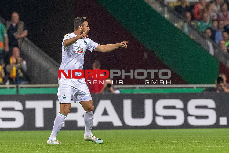 10.08.2019, wohninvest Weserstadion, Bremen, GER, DFB-Pokal, 1. Runde, SV Atlas Delmenhorst vs SV Werder Bremen<br /> <br /> DFB REGULATIONS PROHIBIT ANY USE OF PHOTOGRAPHS AS IMAGE SEQUENCES AND/OR QUASI-VIDEO.<br /> <br /> im Bild / picture shows<br /> <br /> Claudio Pizarro (Werder Bremen #14)<br /> Foto © nordphoto / Kokenge