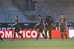 BREMER im Eventrikot, Ludwig Augustinsson (Werder Bremen #05), Yuya Osako (Werder Bremen #08), Florian Kohfeldt (Trainer SV Werder Bremen), Milot Rashica (Werder Bremen #07)<br /> <br /> <br /> Sport: nphgm001: Fussball: 1. Bundesliga: Saison 19/20: Relegation 02; 1.FC Heidenheim vs SV Werder Bremen - 06.07.2020<br /> <br /> Foto: gumzmedia/nordphoto/POOL <br /> <br /> DFL regulations prohibit any use of photographs as image sequences and/or quasi-video.<br /> EDITORIAL USE ONLY<br /> National and international News-Agencies OUT.