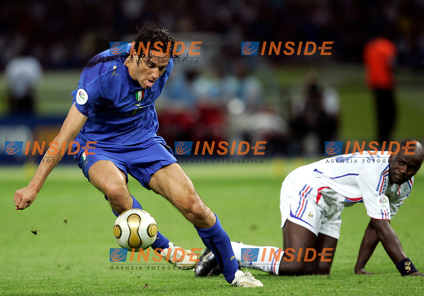 Berlino 9/7/2006 World Cup 2006 - Italia Francia 6-4 (d.c.r.).Italia Campione del Mondo..Luca Toni of Italy and Liliam THURAM of France.Photo Andrea Staccioli Insidefoto.