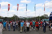 Fans auf dem Vorplatz des Luschniki-Stadions auf dem Weg zum Spiel - 20.06.2018: Portugal vs. Marokko, Gruppe B, 2. Spieltag, Luschniki Stadion Moskau