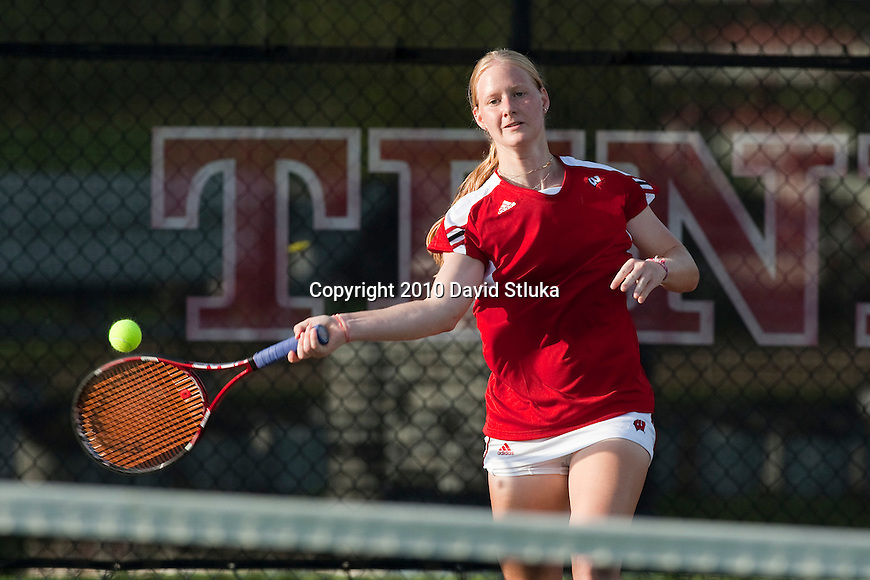 2010-11 Wisconsin Badgers Nicky Stracar of the women's tennis team at the Nielsen Tennis Stadium in Madison, Wisconsin on September 1, 2010. (Photo by David Stluka)