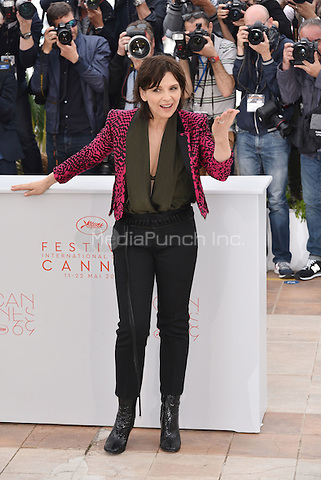 Juliette Binoche at photocall for 'Ma Loute' on the Majestic Pier during the 69th International Cannes Film Festival, France May 13, 2016.<br /> CAP/PL<br /> &copy;Phil Loftus/Capital Pictures /MediaPunch ***NORTH AND SOUTH AMERICA ONLY***
