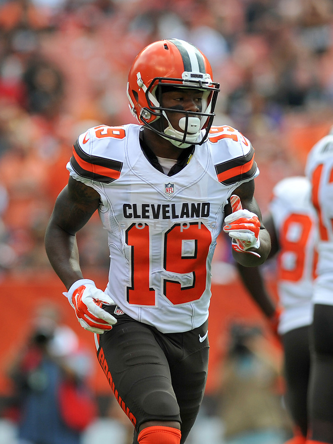 CLEVELAND, OH - JULY 18, 2016: Wide receiver Corey Coleman #19 of the Cleveland Browns runs to his position in the first quarter of a game against the Baltimore Ravens on July 18, 2016 at FirstEnergy Stadium in Cleveland, Ohio. Baltimore won 25-20. (Photo by: 2017 Nick Cammett/Diamond Images)  *** Local Caption *** Corey Coleman(SPORTPICS)