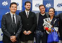 CURITIBA, PR, 21.06.2016 - JUSTIÇA-PR-  O Juiz federal Sérgio Moro, delegado da policia federal Igor Romario de Paula e a esposa do Juiz federal, Rosangela Wolff Moro durante o lançamento do livro do jornalista Vladimir Netto sobre a Lava Jato na noite desta terça-feira (21) em Curitiba.(Foto:Paulo Lisboa/Brazil Photo Press)