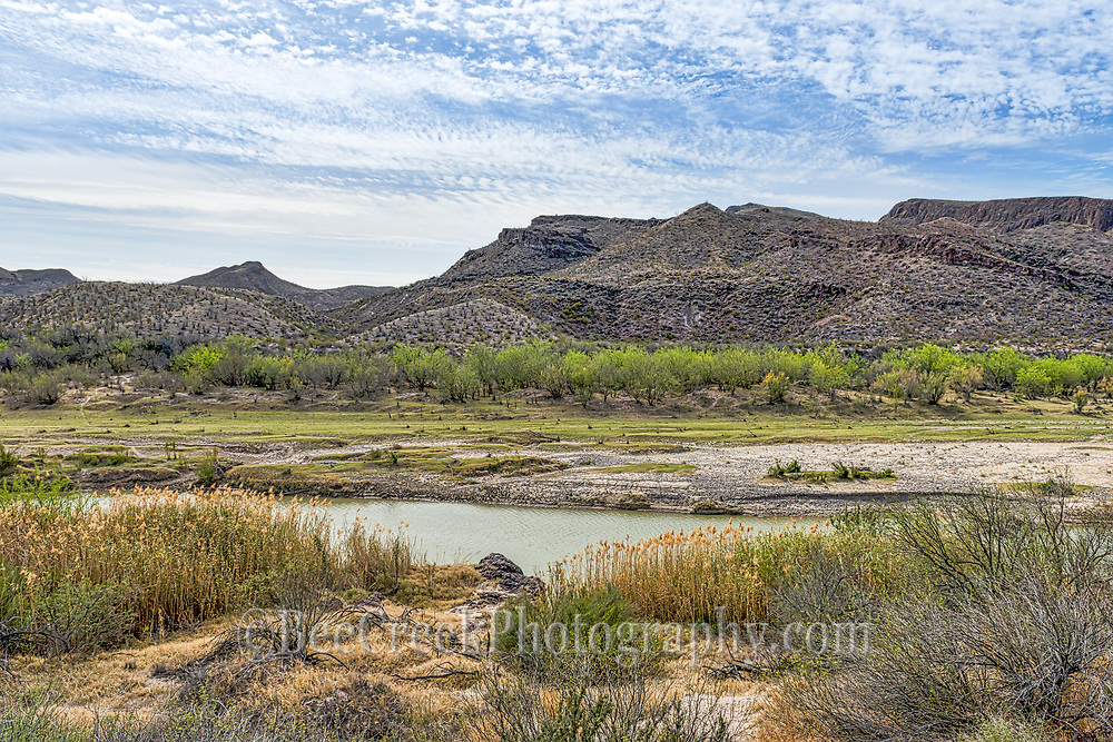 This was a lovely landscape view of the Rio Grande looking toward the Mexico side with a nice blue sky and the mountains in the background.