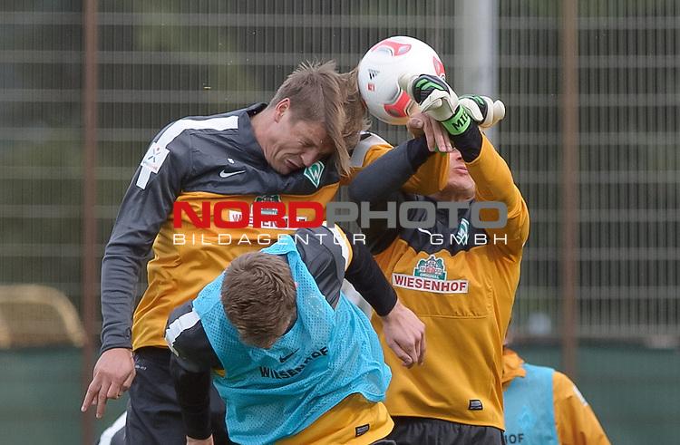 21.09.2012, Trainingsgelaende, Bremen, GER, 1.FBL, Training Werder Bremen, im Bild Sebastian Pr&ouml;dl / Proedl (Bremen #15), Sebastian Mielitz (Bremen #1)<br /> <br /> // during training session of Werder Bremen on 2012/09/21, Trainingsgelaende, Bremen, Germany.<br /> Foto &copy; nph / Frisch *** Local Caption ***