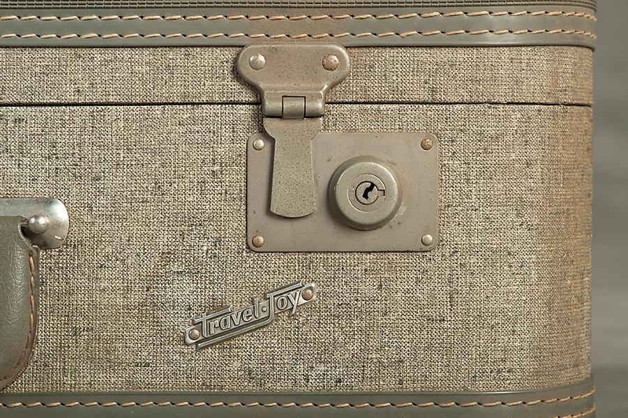 Willard Suitcases / Margaret S / ©2014 Jon Crispin