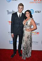 BEVERLY HILLS, CA. December 4, 2016: Ariel Winter &amp; Levi Meaden at the 2016 TrevorLIVE LA Gala at the Beverly Hilton Hotel.<br /> Picture: Paul Smith/Featureflash/SilverHub 0208 004 5359/ 07711 972644 Editors@silverhubmedia.com