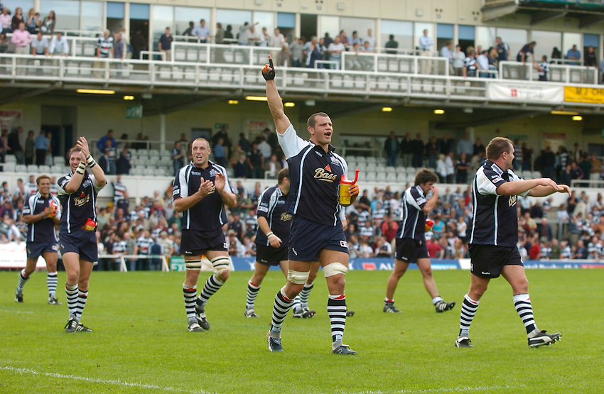 Photo: Richard Lane..Bristol Rugby v London Wasps. Guinness Premiership. 24/09/2006. .Bristol's Dan Ward-Smith applauds the crowd as Bristolo celebrate victory.