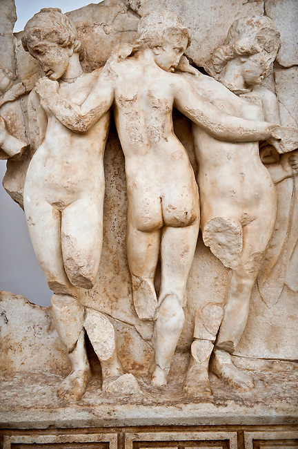 Photo of Roman releif sculpture of Tree Graces from the South Building, Second storey, Aphrodisias, Turkey, Images of Roman art bas releifs. Aphrodisias Archaological Museum, Turkey