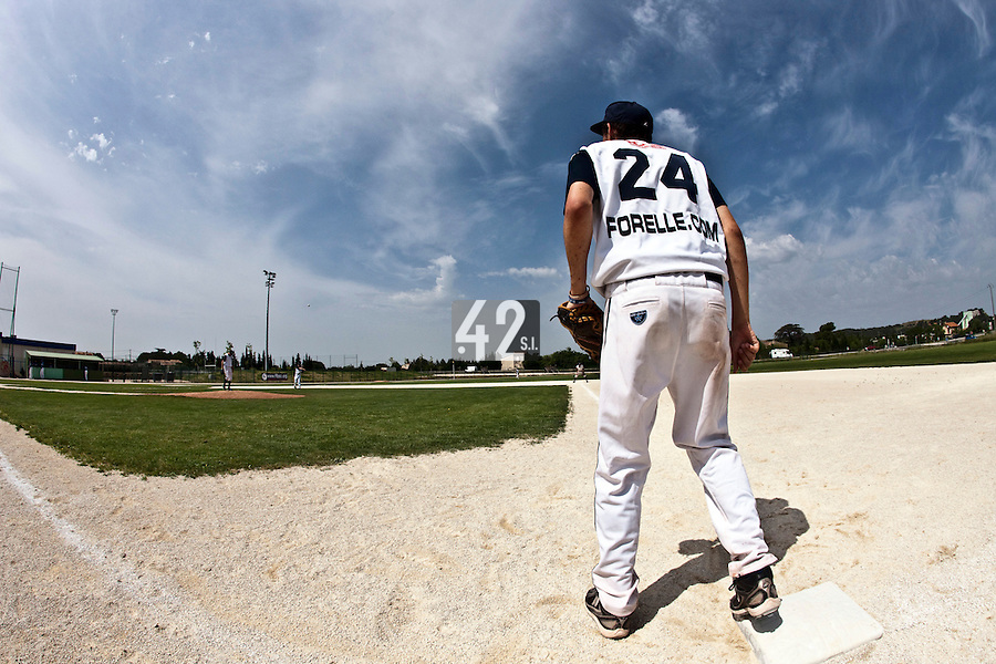 22 May 2009: Thomas Meley of Montpellier is seen at first base during the 2009 challenge de France, a tournament with the best French baseball teams - all eight elite league clubs - to determine a spot in the European Cup next year, at Montpellier, France. Senart wins 7-1 over Montpellier.