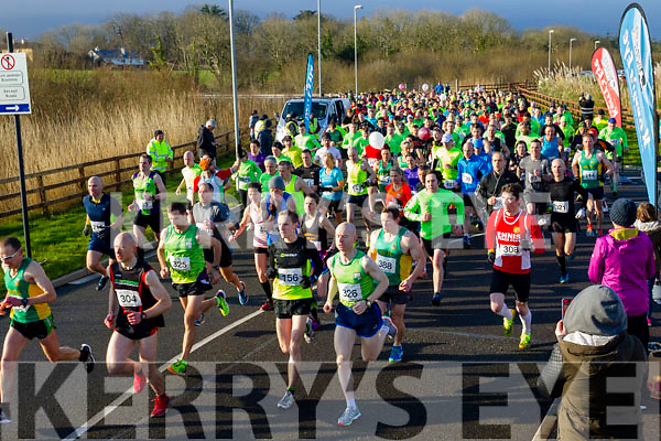 And there off, participants  who took part in the Kerry's Eye Valentines Weekend 10 mile road race on Sunday.