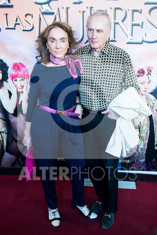 "Paloma Segrelles and her husband during the red carpet of the theater play ""La Asamblea de las Mujeres"" at Teatro La Latina in Madrid. August 25. 2016. (ALTERPHOTOS/Borja B.Hojas)"