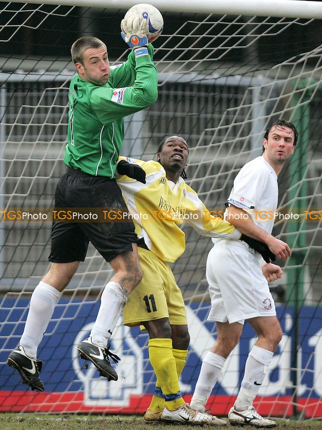 Hereford United vs Grays Athletic - FA Challenge Trophy 3rd Round - 04/02/06 - Mandatory credit: Gavin Ellis