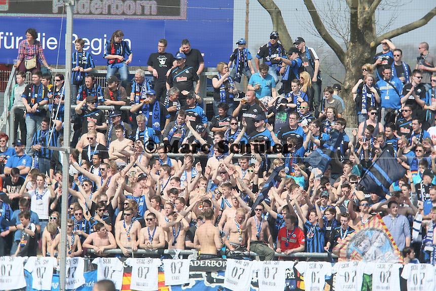 Fans aus Paderborn - FSV Frankfurt vs. SC Paderborn 07, Frankfurter Volksbank Stadion