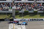 Verizon IndyCar Series<br /> ABC Supply 500<br /> Pocono Raceway, Long Pond, PA USA<br /> Sunday 20 August 2017<br /> Alexander Rossi, Curb Andretti Herta Autosport with Curb-Agajanian Honda, Scott Dixon, Chip Ganassi Racing Teams Honda<br /> World Copyright: Michael L. Levitt<br /> LAT Images