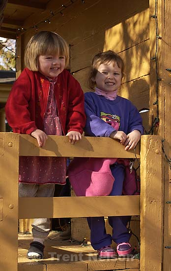 CCNS pre-school field trip to Wheeler Farm. 11/16/2001, 10:49:38 AM<br />