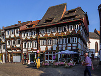 Marktplatz, Blick auf Häuser Lange Brücke 8 - 4, Einbeck, Niedersachsen, Deutschland, Europa<br /> Market place and houses Lange Brücke 8-4, Einbeck, Lower Saxony, Germany, Europe